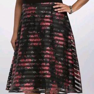 Red black stripe floral skirt